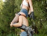 feemdom-shoulder-riding-04