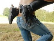 feemdom-shoulder-riding-06