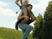 feemdom-shoulder-riding-11